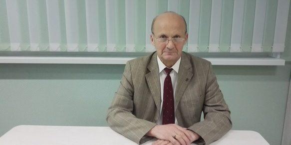 Преподаватель Стахов ПРОФИ